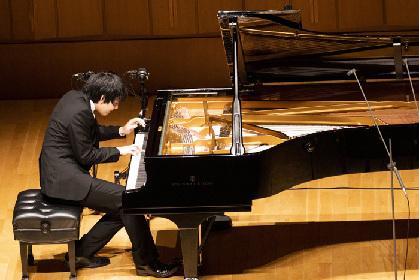 ピアニスト・亀井聖矢、気品纏う音楽で表現豊かに 堂々の東京リサイタル・デビュー!