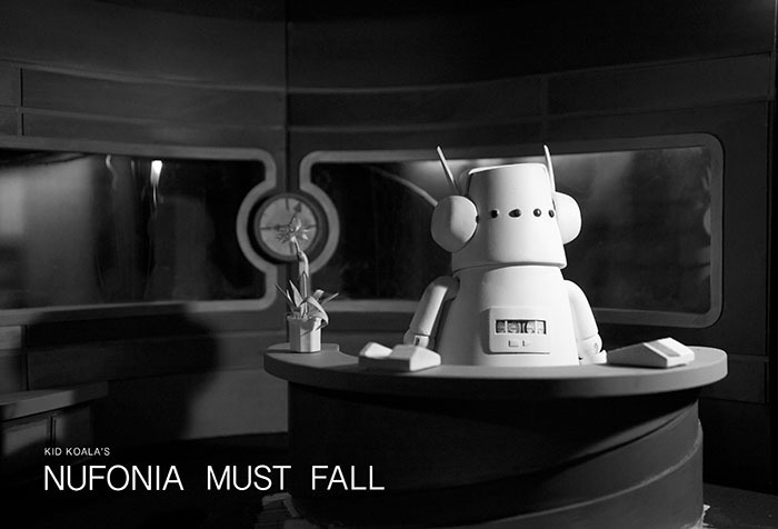『NUFONIA MUST FALL』