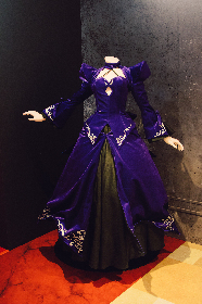 劇場版『Fate/stay night [Heaven's Feel]』のコラボストアが開催中 セイバーオルタの等身ドレスも展示