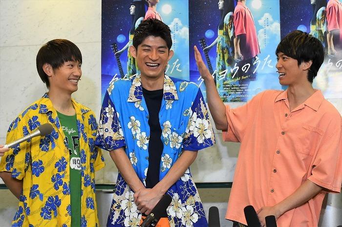 松崎&藤原の劇中ユニット「狂った果実」にもご注目ください!