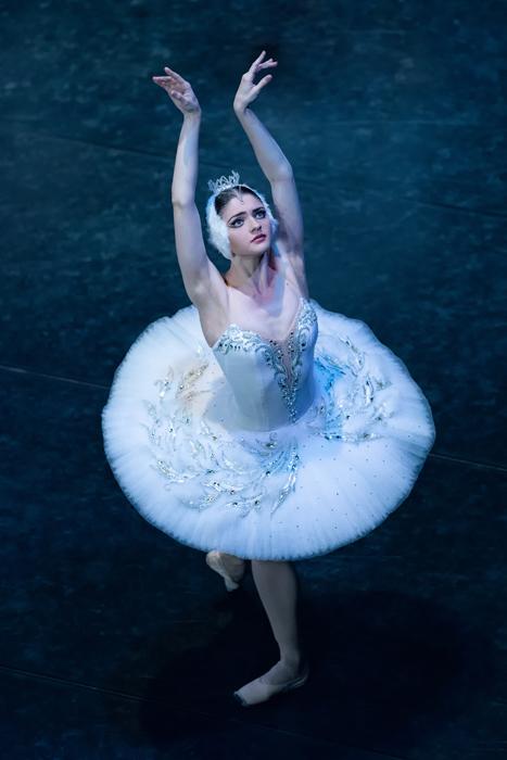 キエフ・クラシック・バレエ『白鳥の湖』より ヤーナ・グバノワ(Iana Gubanova)