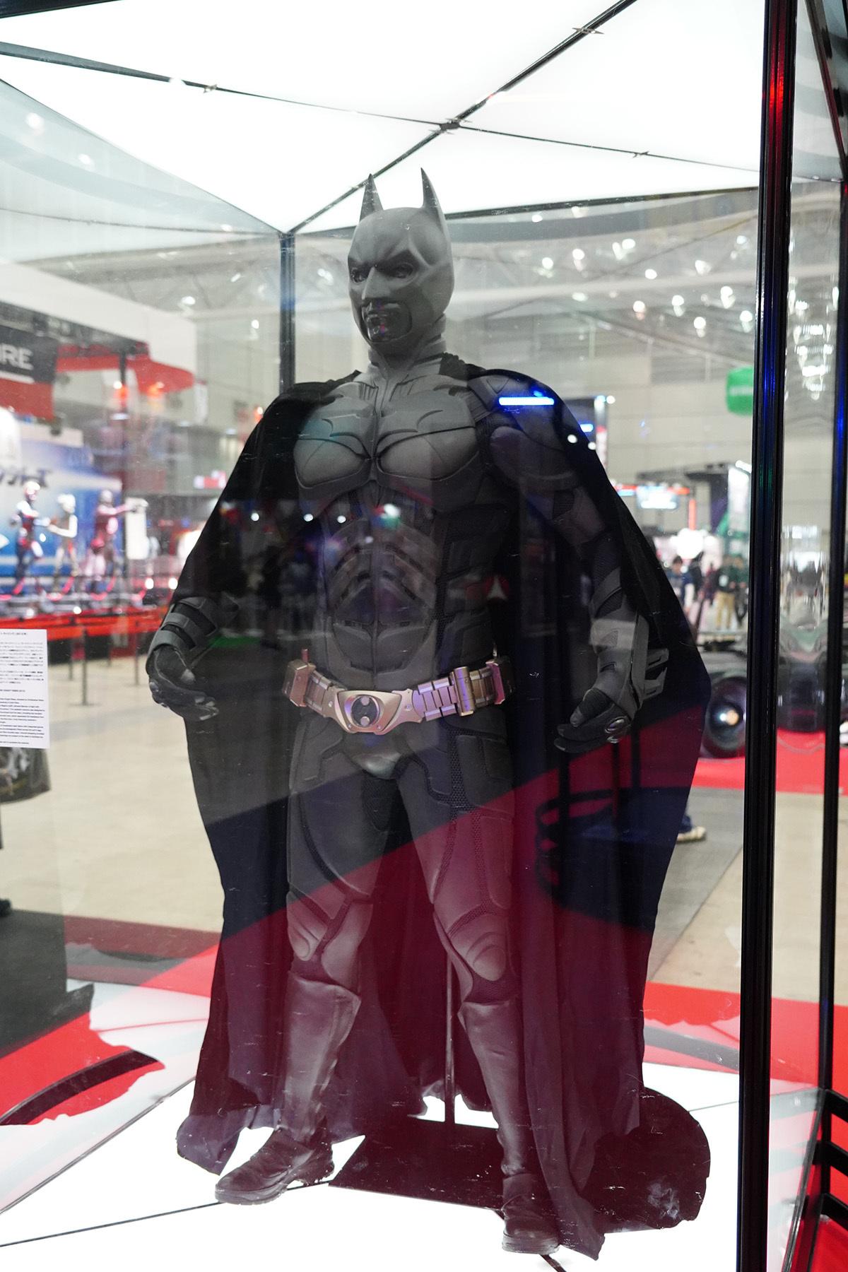 予想以上にゴツいバットマン 写真:斉藤直樹