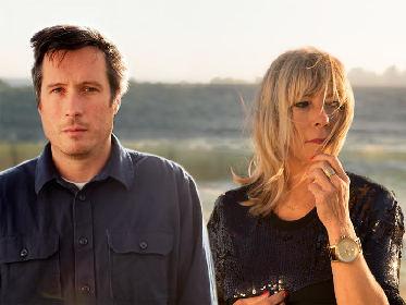ソニック・ユースのキム・ゴードンによるエクスペリメンタル・デュオ、ボディ/ヘッドがライブ・アルバム『ノー・ウェーヴス』をリリース!