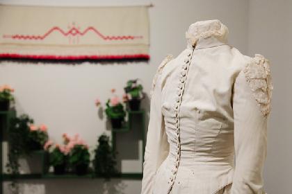 『カール・ラーション スウェーデンの暮らしを芸術に変えた画家』展覧会レポート 家庭から生まれた美の世界