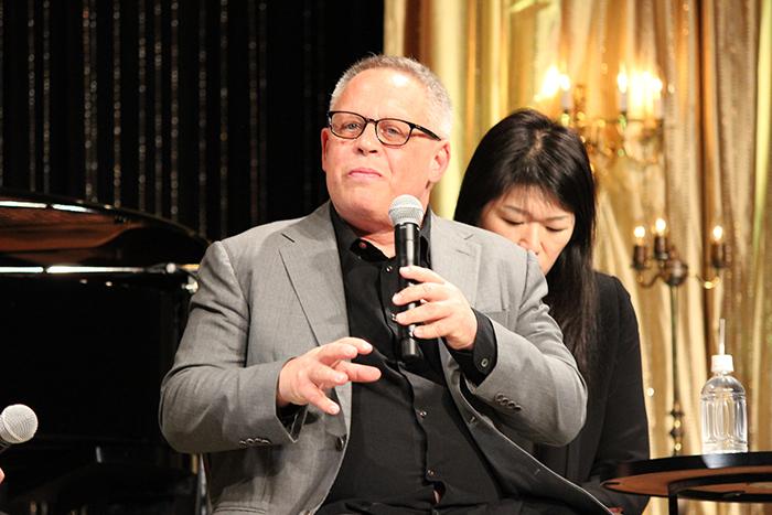 ビル・コンドン監督