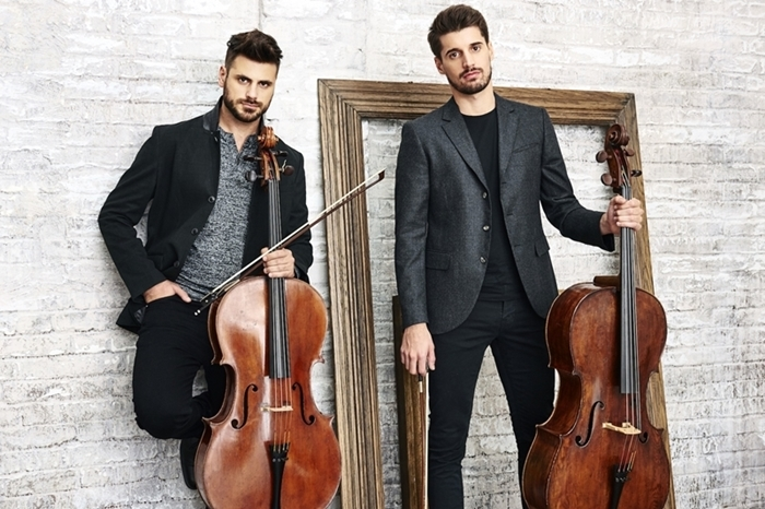 2CELLOS(Photo by Roger Rich)