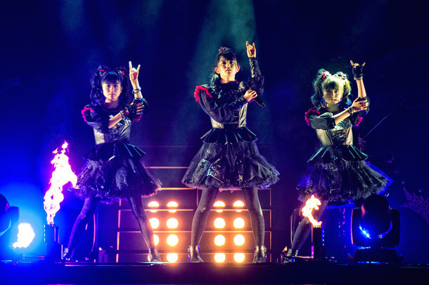 「BABYMETAL WORLD TOUR 2016」The SSE Arena, Wembley公演の様子。(写真提供:Amuse Inc. )