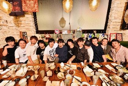 アジカン×エルレ×テナー、対バンツアー『NANA-IRO ELECTRIC TOUR』決起集会&コメント映像を公開