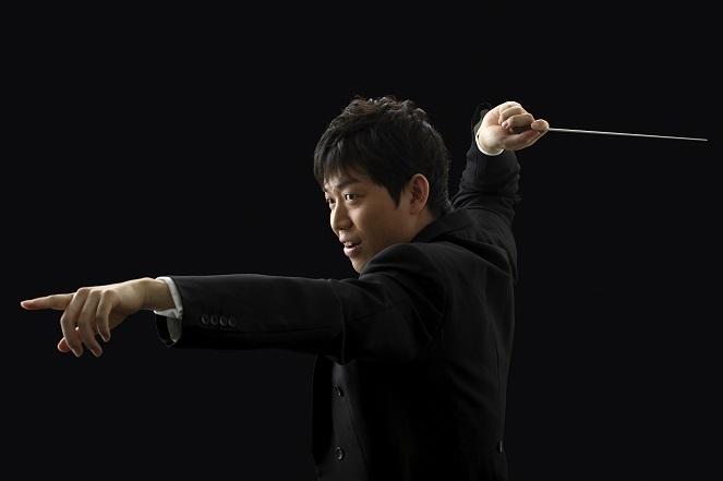 大阪フィルの9人目'指揮者'に就任した若きマエストロ角田鋼亮 (C)武藤章