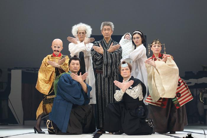 『日本の歴史』初演舞台より  (撮影:宮川舞子)
