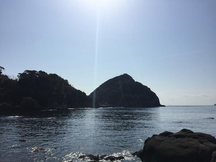 「茜島」の元になった赤根島