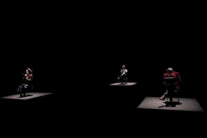 現代能楽集Ⅹ『幸福論』 壱 「道成寺」(撮影:細野晋司)