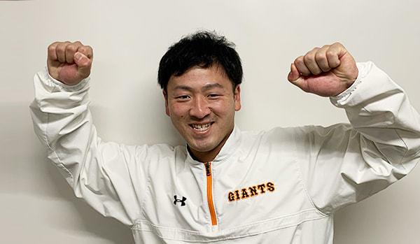 岸田行倫選手