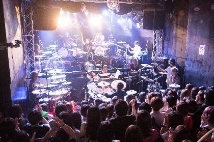 摩天楼オペラ・悠、vistlip・Tohya、shinpeiらドラマー6人がドラムセット6台で一緒に演奏