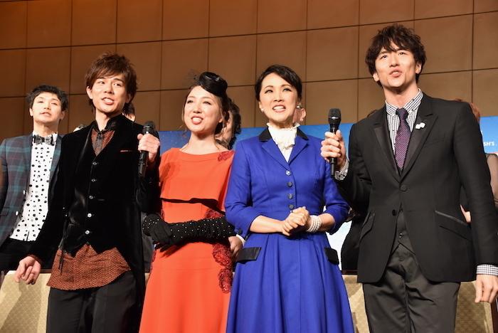 柿澤勇人、平原綾香、濱田めぐみ、大貫勇輔(前列左から)