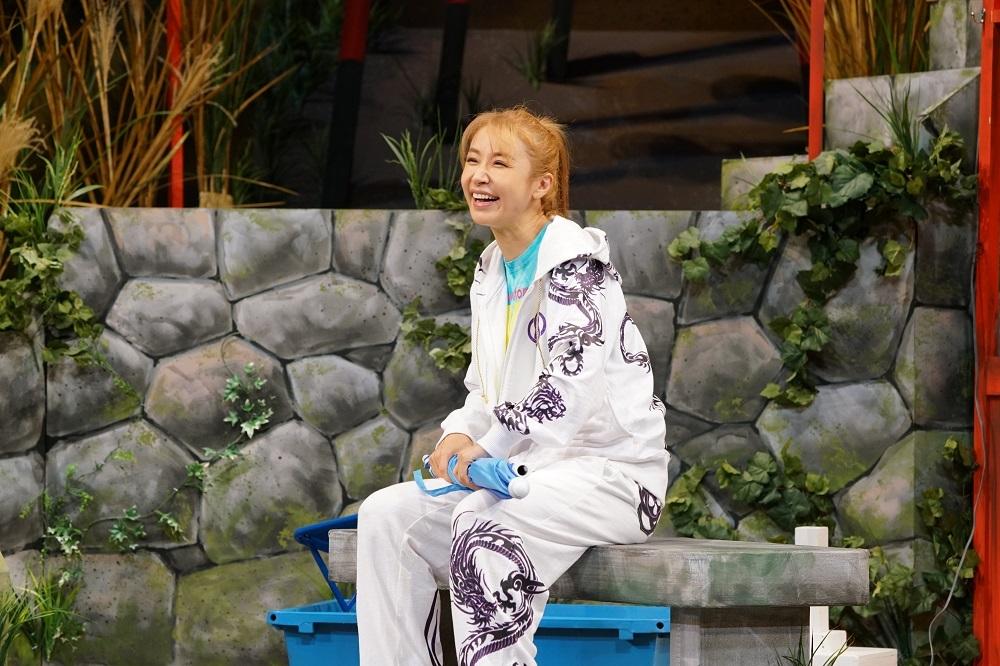 (c) タクフェス製作委員会/曳野若菜
