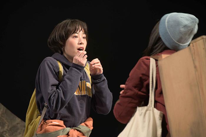 ベッド&メイキングス 第6回公演『こそぎ落としの明け暮れ』 撮影:露木聡子