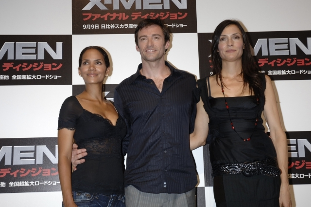 X-MEN:ファイナル ディシジョン  (日本公開2006年9月9日) 前シリーズ最終章。ミュータント治療薬「キュア」をめぐり、人類とミュータントが最終戦争がの危機に