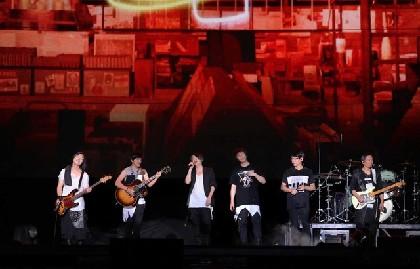 Mayday上海ライブにGLAYのTERU登場、観客と一緒に「I'm in Love」大合唱