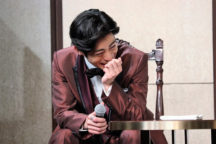 廣瀬さんに眉毛を指摘されて爆笑する木村さんでした!