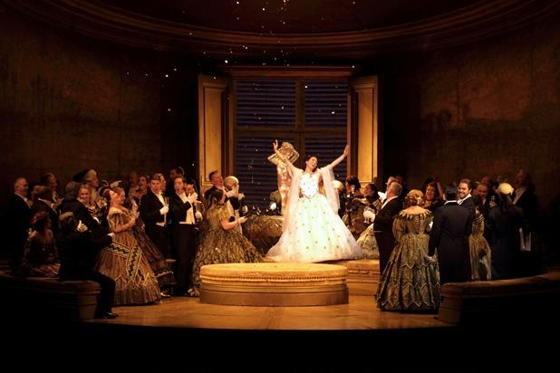 英国ロイヤル・オペラ『椿姫』