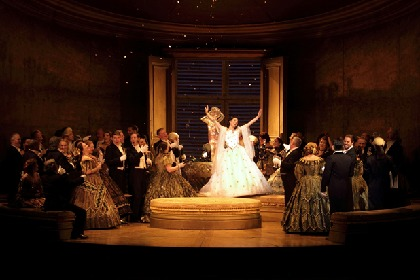 英国ロイヤル・オペラ『椿姫』 10/16(金)よりイープラス・Streaming+にて配信開始