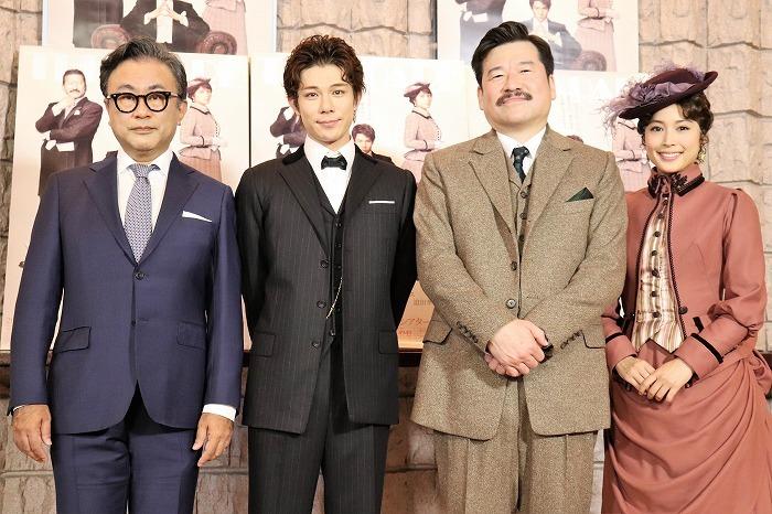 (左から)三谷幸喜、柿澤勇人、佐藤二朗、広瀬アリス