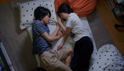 少年少女たちの残酷な「恋」と「性」を不穏な映像とともに映し出す 浅野いにお原作の映画『うみべの女の子』本予告編を解禁