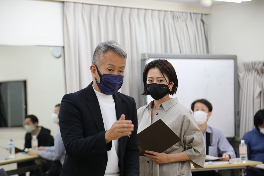 (左から)宮本亞門、大和田美帆