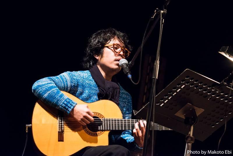 青柳拓次 photo:Makoto Ebi
