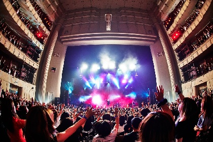 the GazettE 日本凱旋公演で横須賀が熱狂