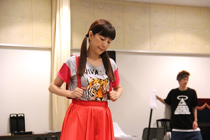 戸田恵子、ランドセル装着!!!