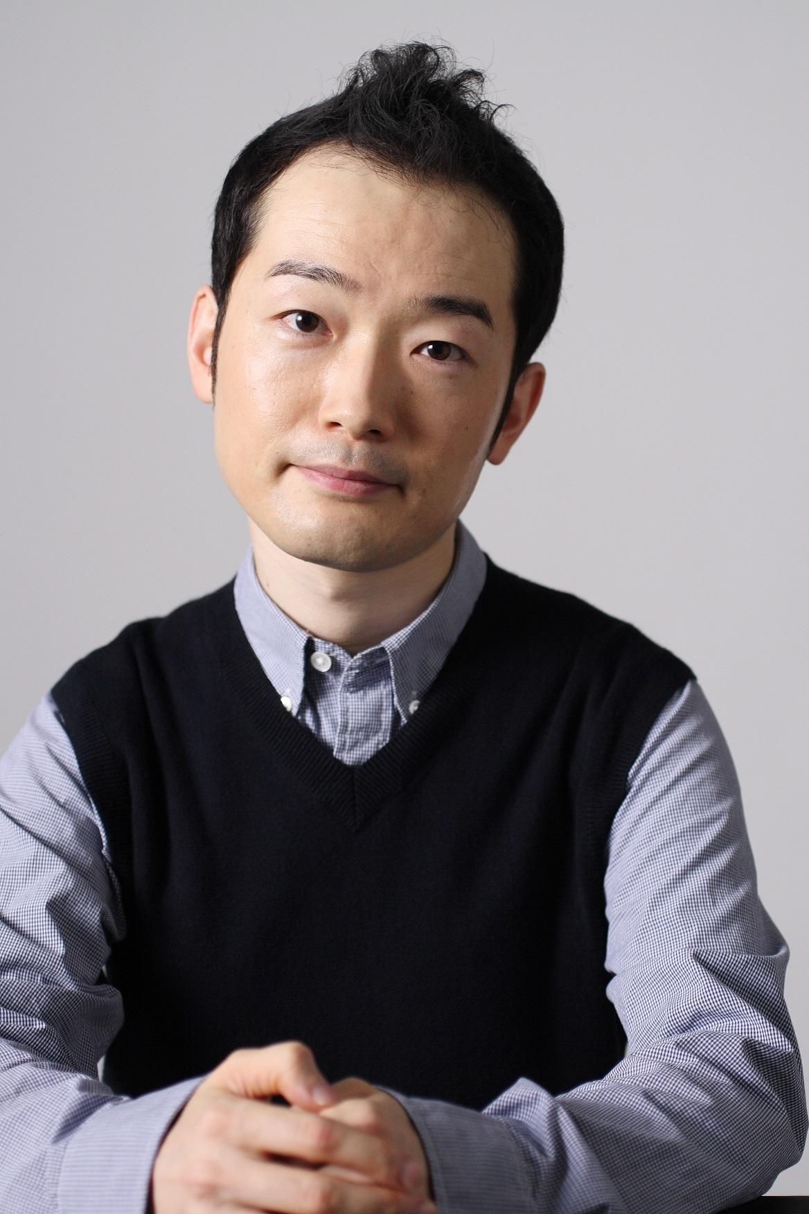 公安局刑事課三係 執行官・井口匡一郎役:中村靖日