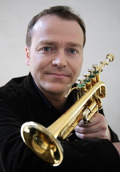 ベルリンフィルの首席トランペット奏者、ガボール・タルケヴィ