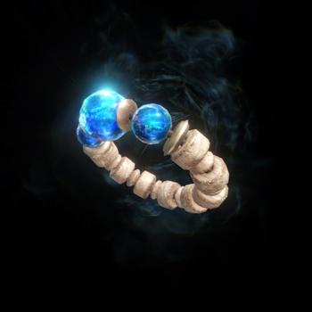 「追い風の護石」プレイヤーの攻撃力をアップさせる「攻撃」とプレイヤーが受けるダメージを一定確率で軽減する「精霊の加護」という2つの装備スキルを獲得できる装備。