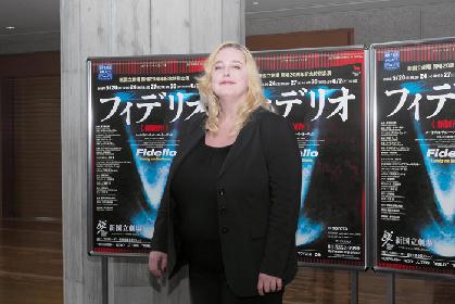 新国立劇場《フィデリオ》 - 男装の麗人が夫を救うベートーヴェンのオペラを、ワーグナーのひ孫が演出