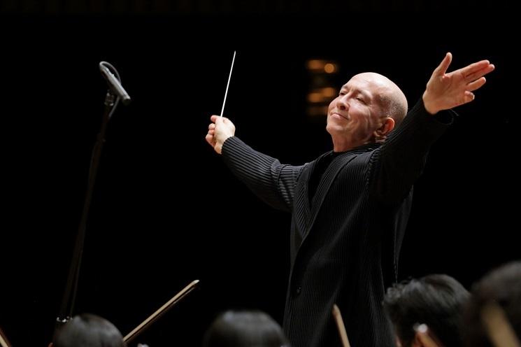 元首席指揮者 井上道義の指揮するストラヴィンスキー「春の祭典」がネットで観れるチャンス! (C)飯島隆