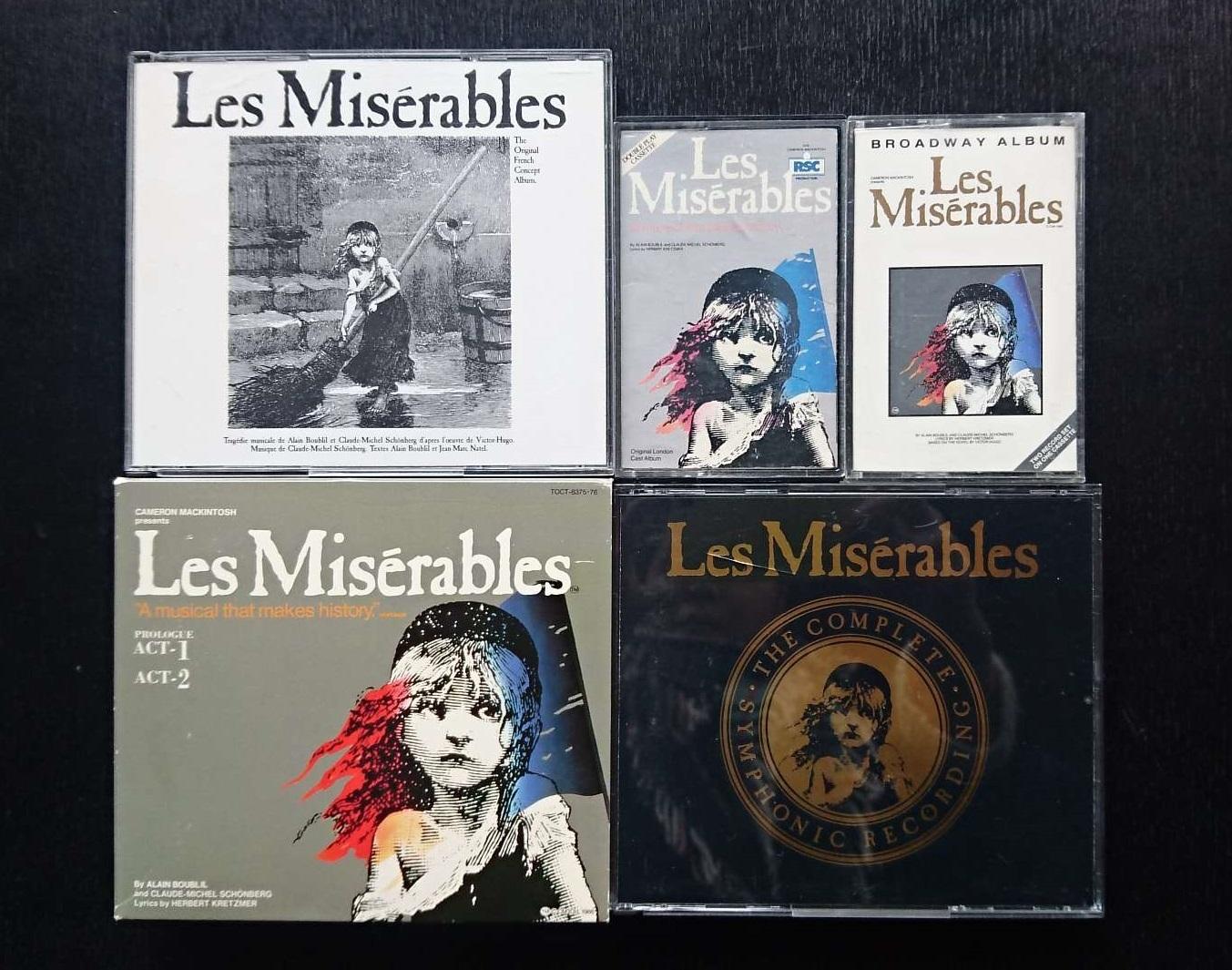 (左上から時計回りに)原型となったフランス版のCD、ロンドン版とブロードウェイ版のカセット、1988年に録音されたインターナショナルキャスト盤、1994年日本版のCD