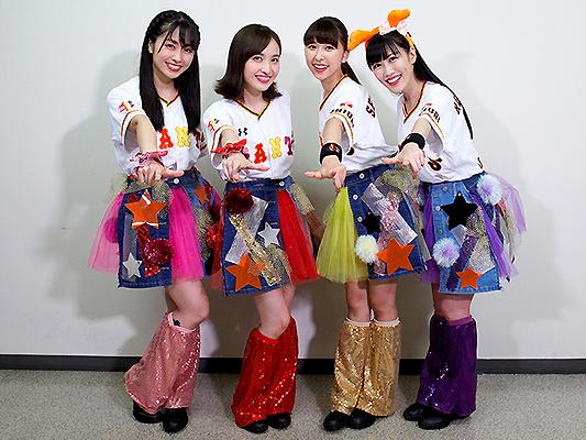 ももいろクローバーZのメンバーが東京ドームを席巻する