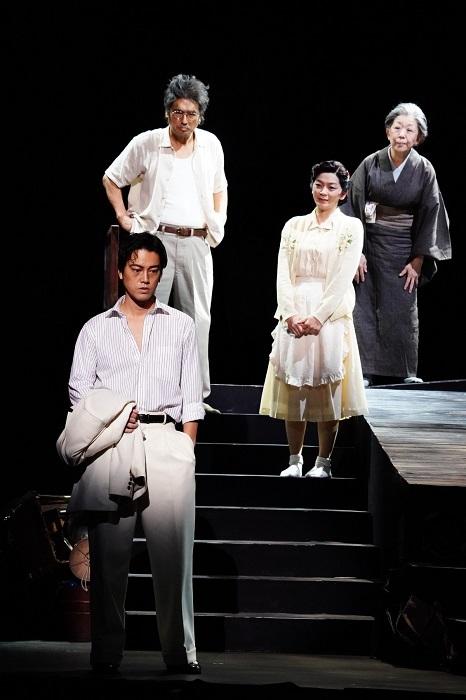 舞台『醉いどれ天使』 撮影:田中亜紀