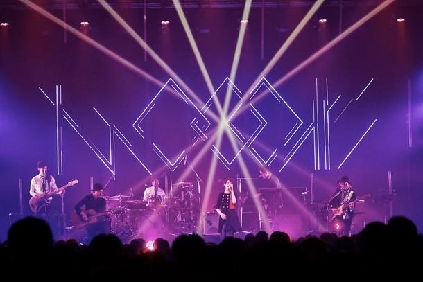 「家入レオ LIVE at Zepp 2016 ~two colours~」Zepp DiverCity TOKYO公演の様子。 (撮影:田中聖太郎)
