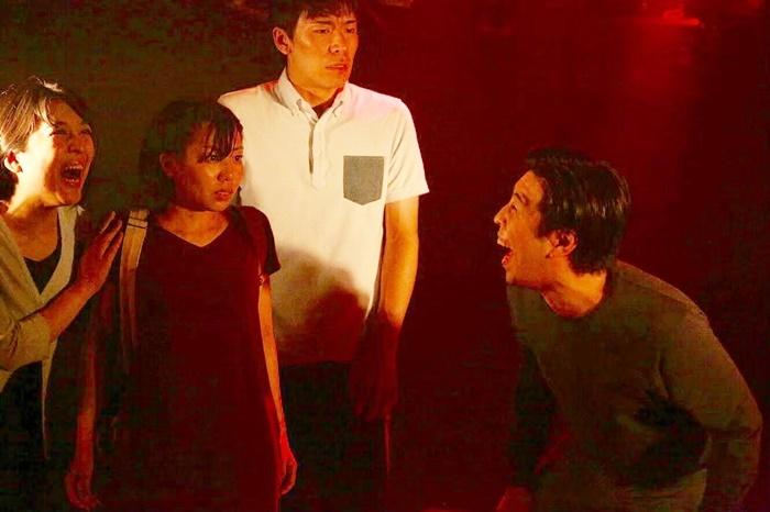 遊劇舞台二月病『Delete』(2018年)。 [撮影]小嶋謙介