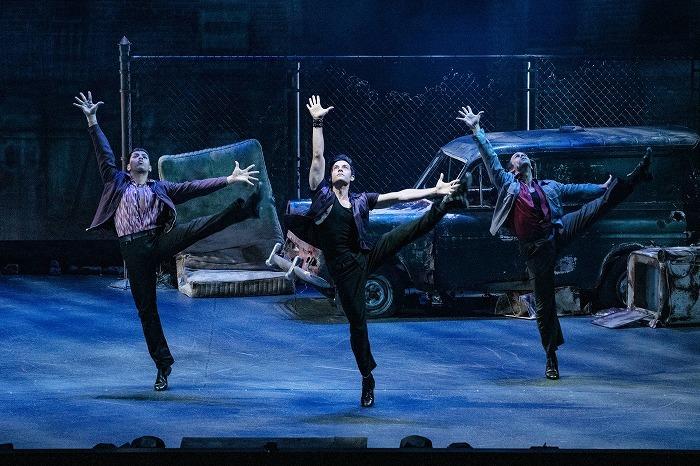 テーマパークダンサーになりたい本気で目指す中学生、高校生