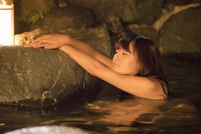 原村和(浅川梨奈)の入浴シーン (C)小林 立/SQUARE ENIX・「咲」プロジェクト (C)Ritz Kobayashi/SQUARE ENIX