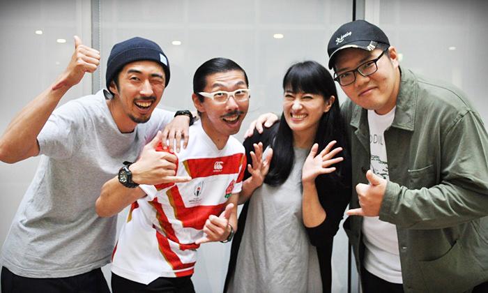 (左から)村角ダイチ、ボブ・マーサム(村角太洋)、春野恵子、満腹満。