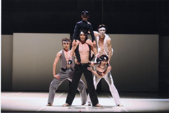 東京バレエ団『M』2005年の公演より ©Kiyonori Hasegawa