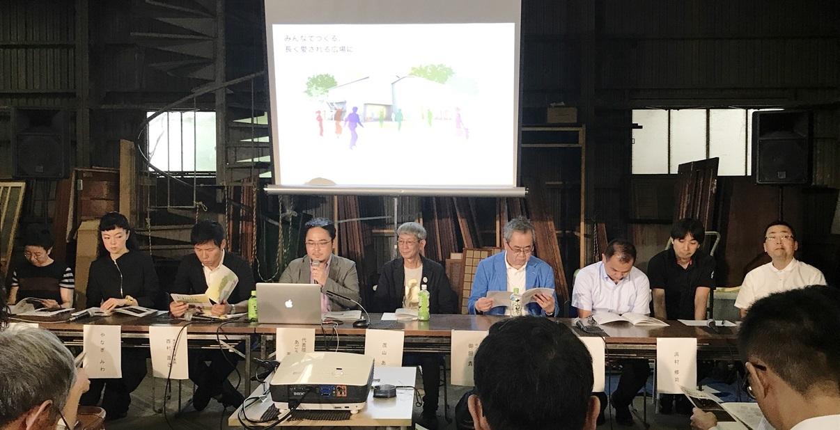 [Theatre E9 Kyoto]プロジェクトの会見。左から2番目がやなぎみわ、4番目があごうさとし、5番目が茂山あきら。 [撮影]吉永美和子