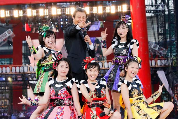 「桃神祭2015~御額様ご来臨~」の様子。(Photo by HAJIME KAMIIISAKA+Z)