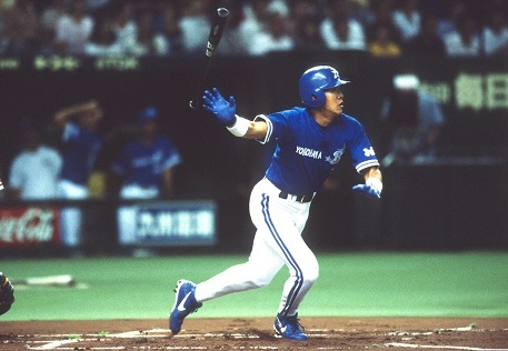 「ハマの安打製造機」として1998年も首位打者となった鈴木尚典氏 写真:ベースボールマガジン社