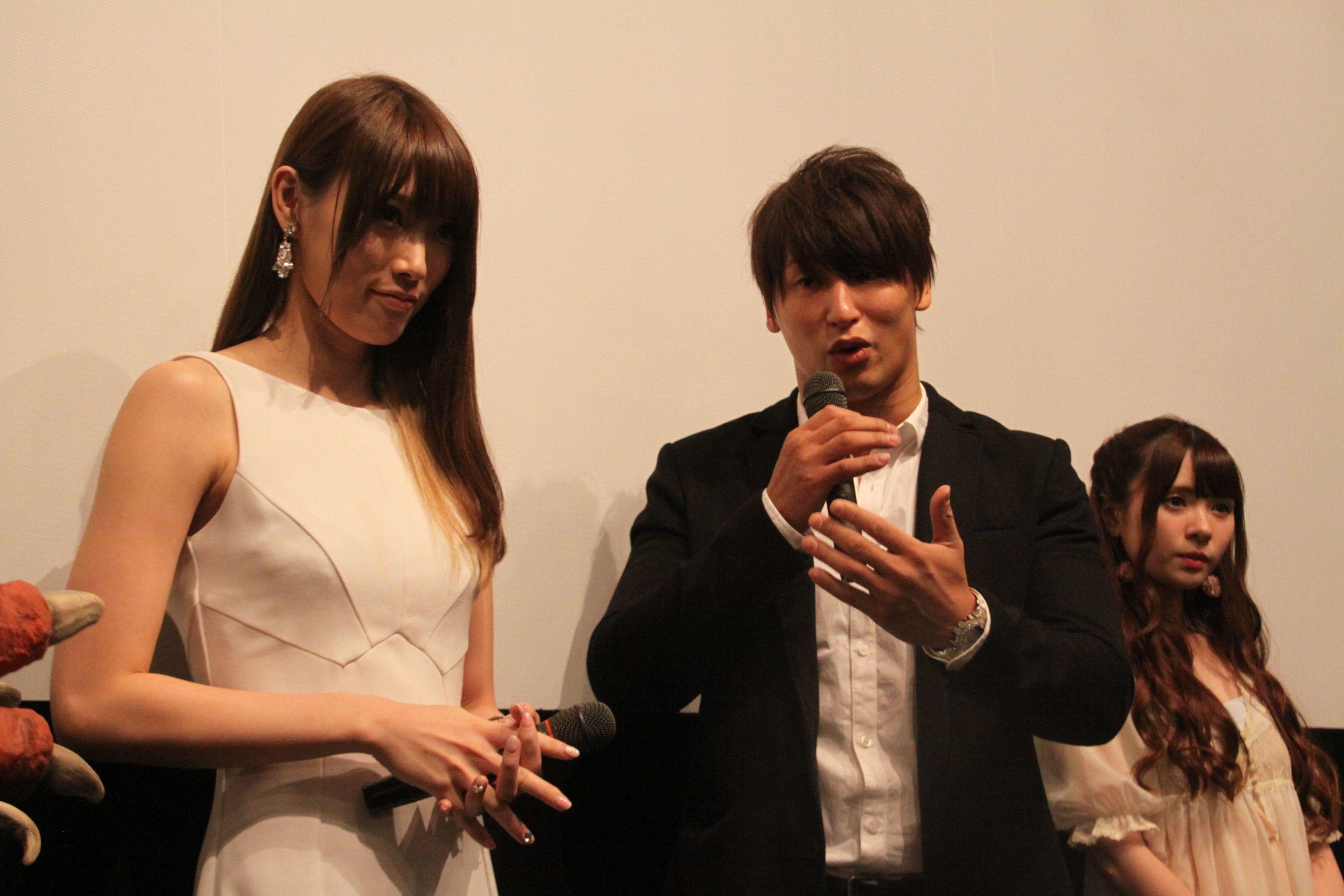 舞台挨拶開始10分後ぐらいに到着した飯伏幸太
